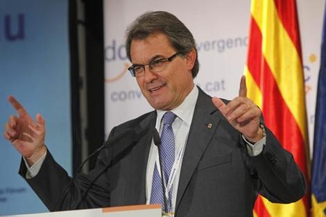 El presidente de la Generalitat valorando la manifestación independentista. | Efe