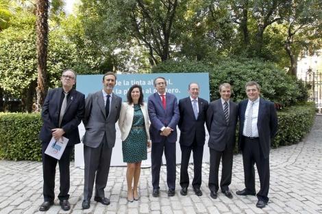 De izq. a dcha: Julián Hernández; Joaquín Müller-Thyssen; Cristina de Parias,; José Antonio Vera; José Manuel Blecua; Joan Tarrida, y Mario Tascón.| BBVA