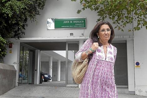 Guillermina Bermejo, ante la sede de la Casa Rosa. | Conchitina