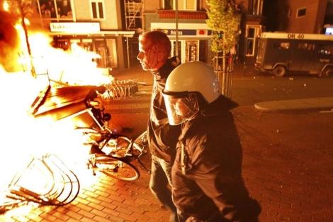 Miles de jóvenes se han congregado en la ciudad de Haren, en Holanda. | Afp