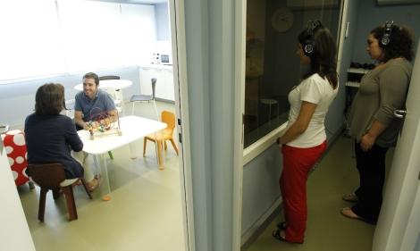 Una de las salas del centro para atender a niños sordos (Sergio González)