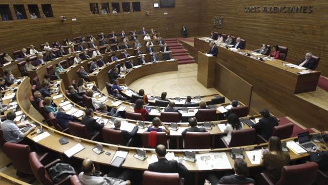 Alberto Fabra se dirige a las Cortes Valencianas durante el Debate de Política General. | Efe