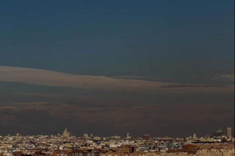 Boina de contaminación sobre la ciudad de Madrid. | José Aymá