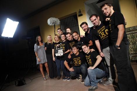 Parte del equipo de la serie durante el rodaje. | Jesús Morón