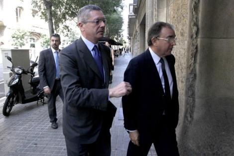 Alberto Ruiz-Gallardón, en Barcelona, a su llegada al Círculo de Economía. | Antonio Moreno
