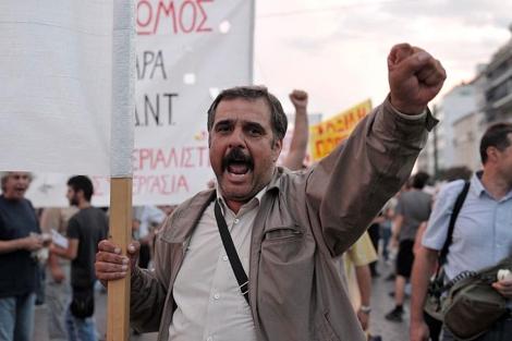 Manifestación contra Angela Merkel en Atenas. | Efe