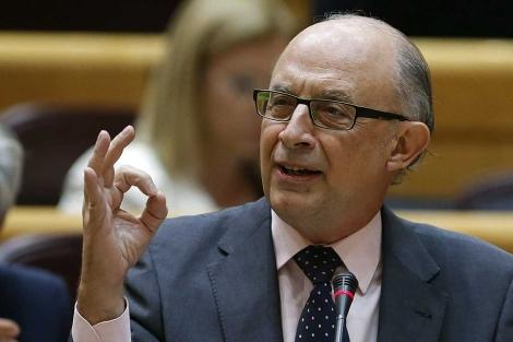 Cristóbal Montoro en el Senado.   Juan Carlos Hidalgo / Efe