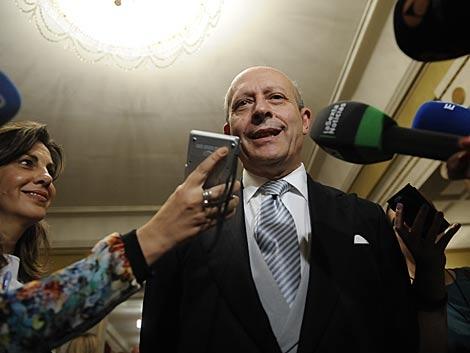 El ministro de Educación, José Ignacio Wert, a su llegada al acto.   Bernardo Díaz
