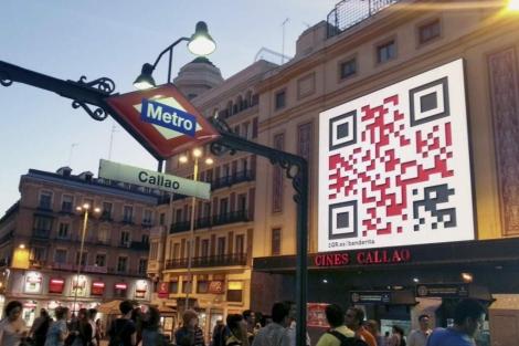 El código QR, en la fachada de Callao. | EFE