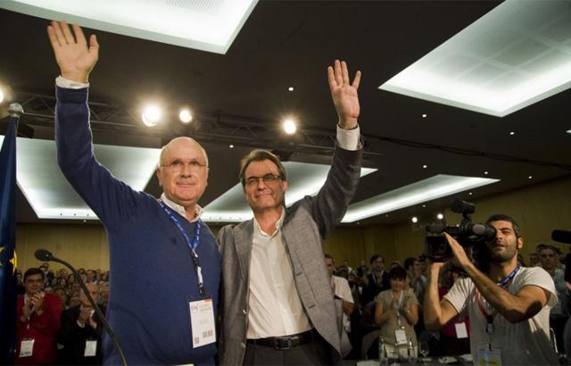 Duran junto a Mas en la proclamación del segundo como candidato. | S. Cogolludo