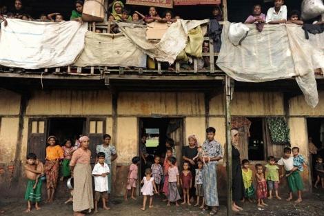 Musulmanes rohingya en el gueto de Birmania. | Afp | VER MÁS