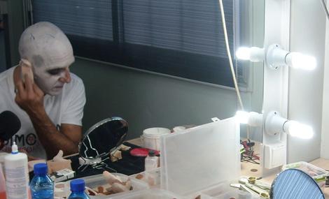 Suso Silva a punto de convertirse en Nosferatu. | V.G.