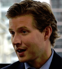 Alec Ross, asesor de Hilarry Clinton.