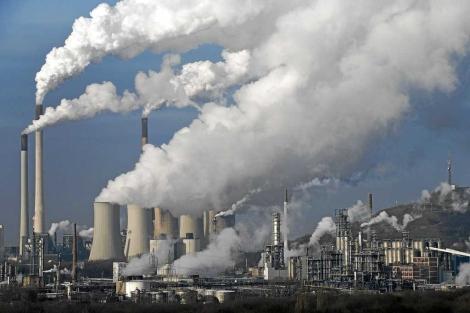 Emisiones de una central de carbón en Alemania. | AP