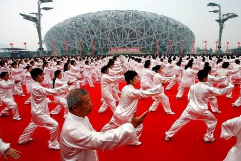 Homenaje en el 'Nido de pájaro' durante el primer aniversario de los JJOO de Pekín. | Afp
