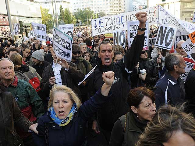 Participantes en la protesta. | Dominique Faget / AFP. MÁS FOTOS