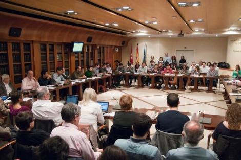 El debate en la sede de la APM despertó mucha atención. | APM