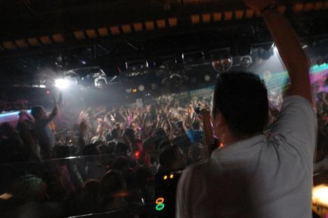 Una de las sesiones en esta discoteca de Gandía. | Coco Loco