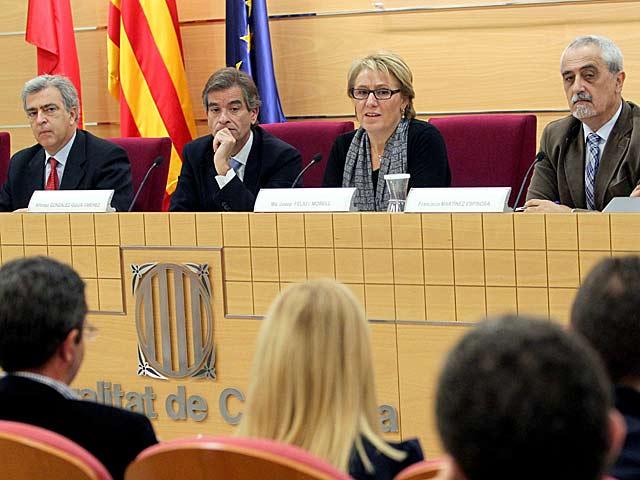 Los jueces decanos durante la rueda de prensa. | Toni Albir / Efe