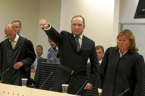 El ultraderechista Anders Behring Breivik durante el juicio en Oslo. | Afp