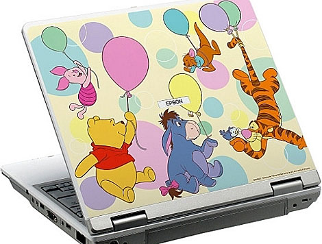 Modelo de portátil Epson con los personajes de Disney.