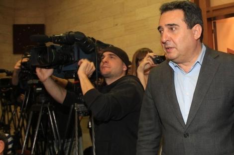 Manuel Bustos da explicaciones sobre la investigación. | Efe