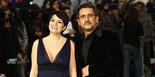 Andreu Buenafuente y Silvia Abril, en los Goya de 2010.   Gtres