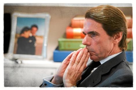 José Maria Aznar, durante la entrevista, en la sede de la fundación FAES.   José Aymá