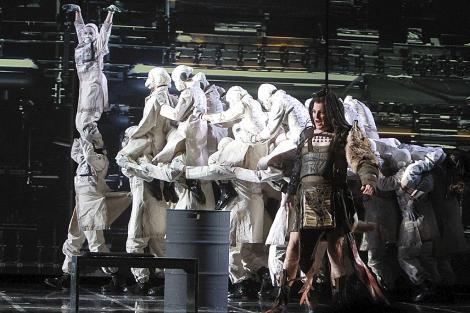 Escena del montaje de La Fura del Baus para 'Sigfrido'. | C. Márquez