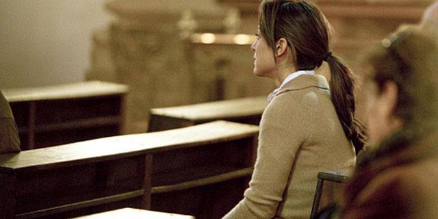 Tamara Falcó, en una iglesia de Madrid. | La Otra Crónica