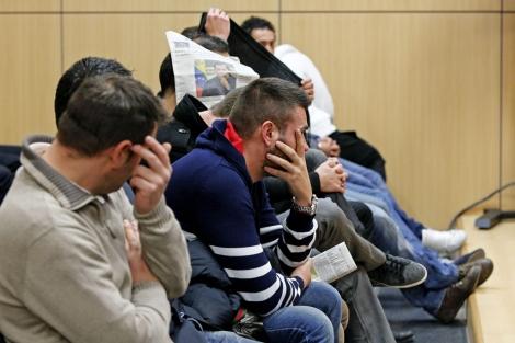 Juzgan a seis policías nacionales por robar droga a los traficantes para  venderla | Valencia | elmundo.es