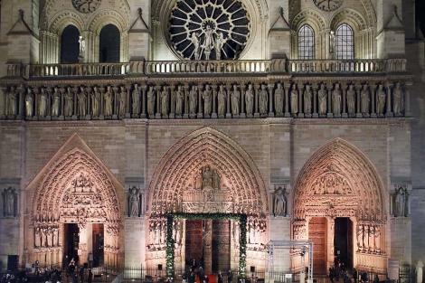 La catedral acaba de cumplir 850 años.  Afp
