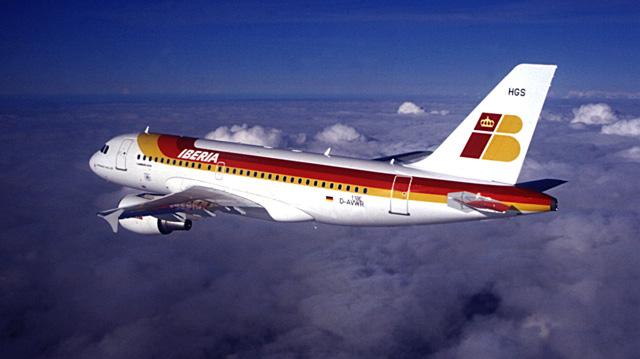 Un avión de Iberia en una ruta transatlántica. | El Mundo