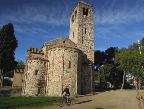 L'església romànica de santa Maria de Barberà.