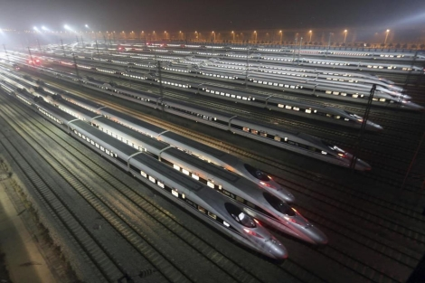 Trenes de alta velocidad en China. | Efe