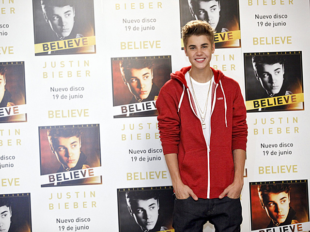 El cantante Justin Bieber, durante la presentación de su disco en Madrid.   Sergio Enríquez-Nistal