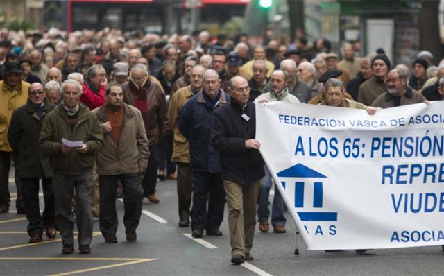 Manifestación de jubilados en el País Vasco. | Iñaki Andrés