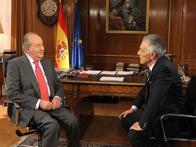 Don Juan Carlos en un momento de la entrevista por Jesús Hermida. | TVE
