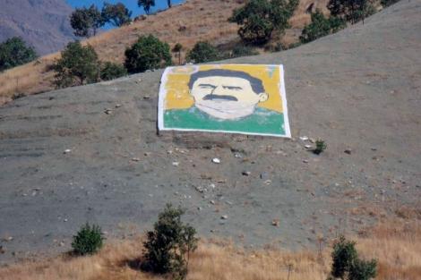 Imagen del histórico líder del PKK, Abdulá Ocalan.   Javier Espinosa