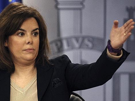 La vicepresidenta del Gobierno, en rueda de prensa en Moncloa. | Ballesteros / Efe