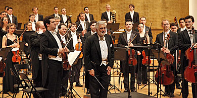 Plácido Domingo, este viernes con la Orquesta de la Comunitat en Alicante.
