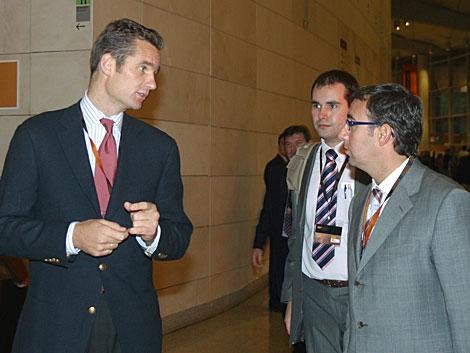 Urdangarin y su ex socio Diego Torres en el Summit de Valencia en 2007. | Guillermo Lucas