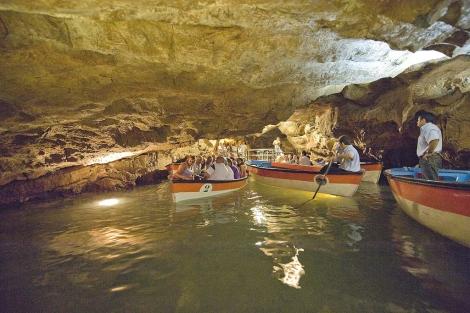 La visita se realiza en unos 40 minutos, la mayor parte en barca. | ELMUNDO.es