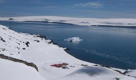 Base Juan Carlos I en la Antártida. | Polarguide