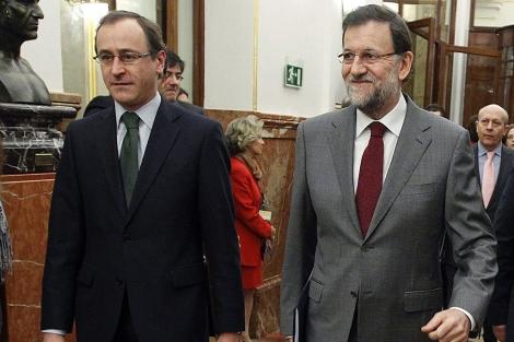 Alfonso Alonso, con Mariano Rajoy en el Congreso, el pasado miércoles. | Foto: Efe/F. Alvarado.