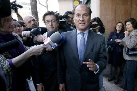 Jesús Sepúlveda, ex alcalde de Pozuelo, tras prestar declaración. | A. di Lolli