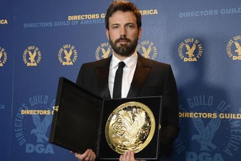 Ben Affleck, con su premio. | Reuters