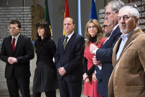 Monago, junto a los representantes de las asociaciones de autónomos.
