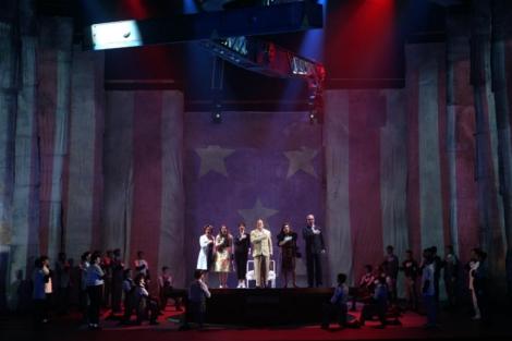 Representación de 'El americano perfecto', de Philip Glass. | Teatro Real