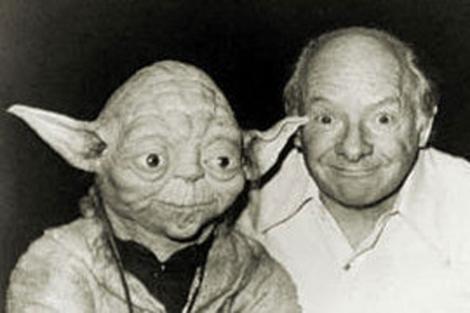 Una imagen de Yoda y su creador Stuart Freeborn. | ElMUNDO.es